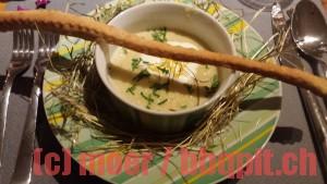 Zitronenschaumsuppe mit Bierstange